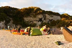 Corse-19 octobre 2014-montage des tentes