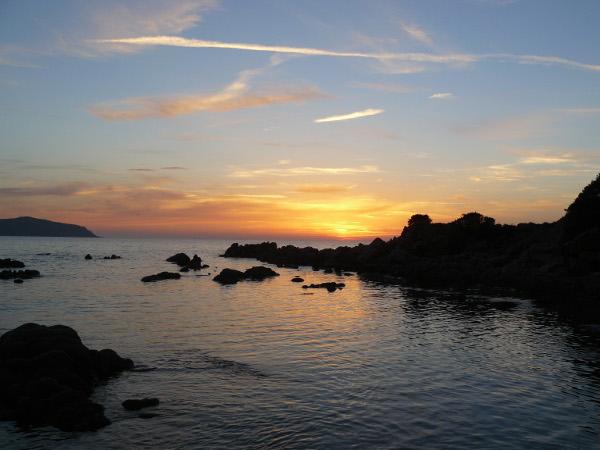 Corse-octobre 2013-couché de soleil sur le bivouac