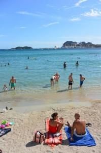 Plage Cyrnos à La Ciotat, vue sur l'Île Verte et le Bec de l'Aigle à droite